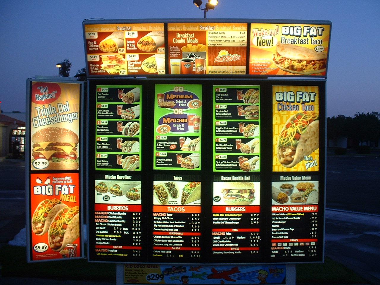 Del_Taco_menu_board